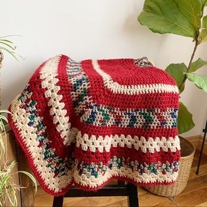 Vtg 80s Crocheted Granny Square Afghan Throw